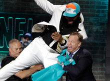 Clemson DT Christian Wilkins almost knocks over Roger Goodell at NFL Draft